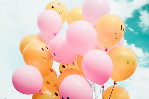 variety of colors of cheap graduation balloons